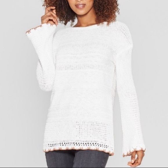 Long Bell Sleeve Crew Neck Pullover - Knox Rose